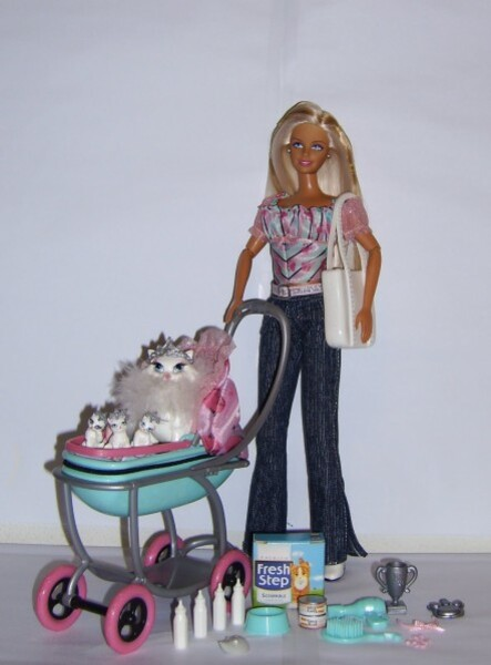 2-C3603_Barbie-Posh-Pets--2004-.JPG