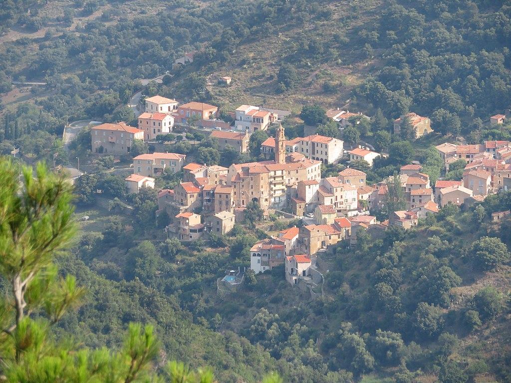 Omessa, Corsica 05.jpg