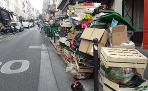 Marseille et Paris villes poubelles