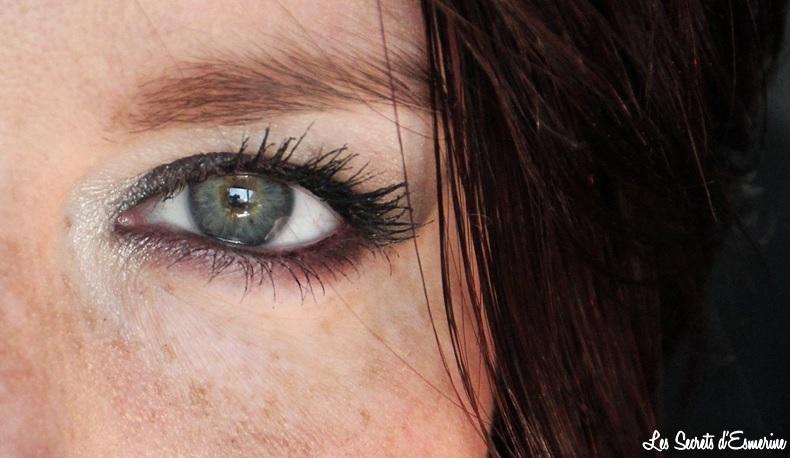 """Sombre Makeup avec la palette """"Les Fumées"""" d'Agnès B."""