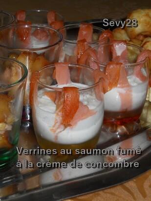 Verrines au saumon fumé à la crème de concombre (thermomix)