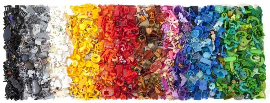 piece kinder surprise couleur classement 12 870x333 Des pièces de Kinder Surprise classées par couleurs