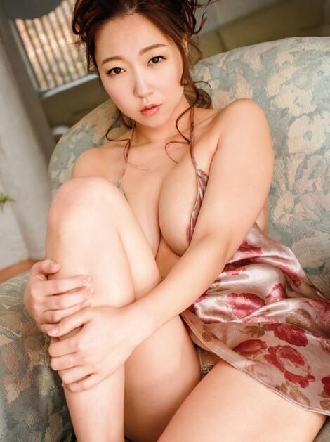 Magazine : ( [Weekly Gendai] - 21/12/2019 - Ayumi Hanasaki & Ami Asai )