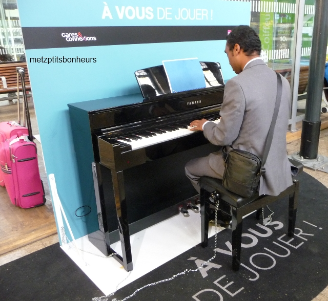 Il jouait du piano....