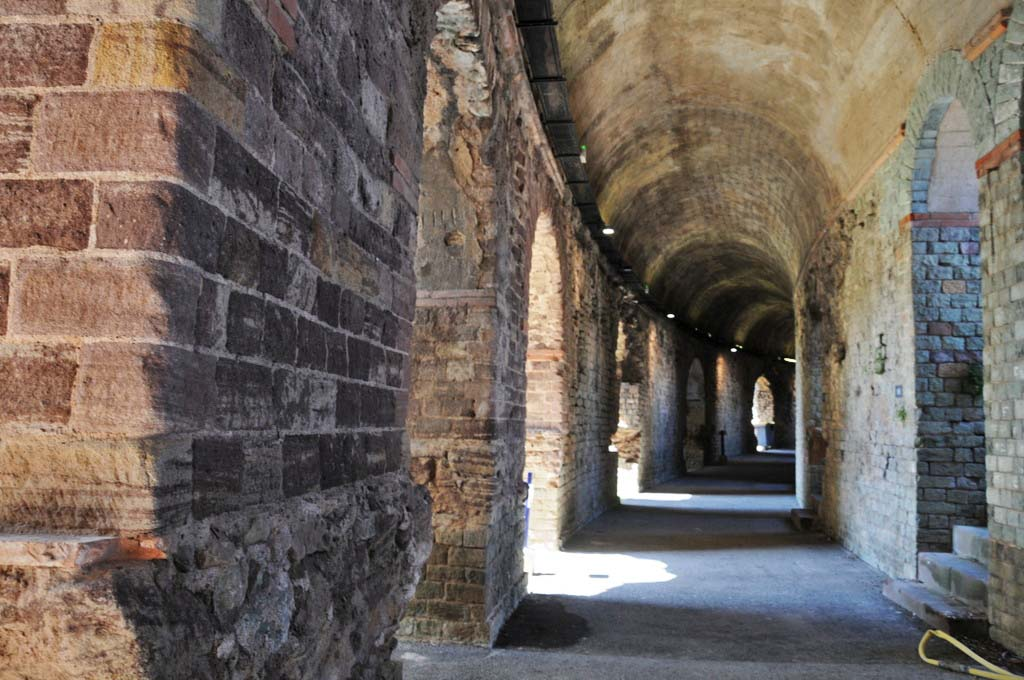 L'amphithéâtre de Fréjus...Suite