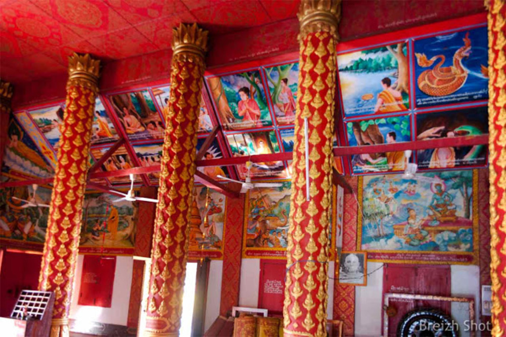 Vat Jom Khao Manilat : Fresques