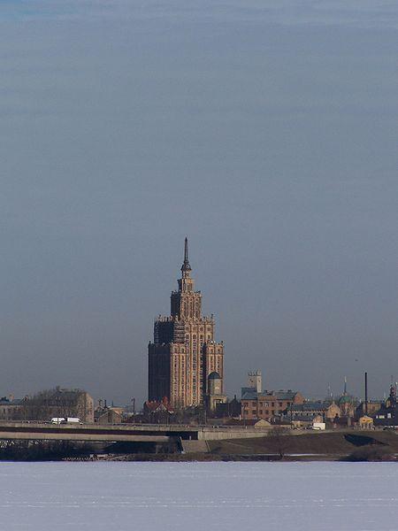450px-Academie des sciences de Riga