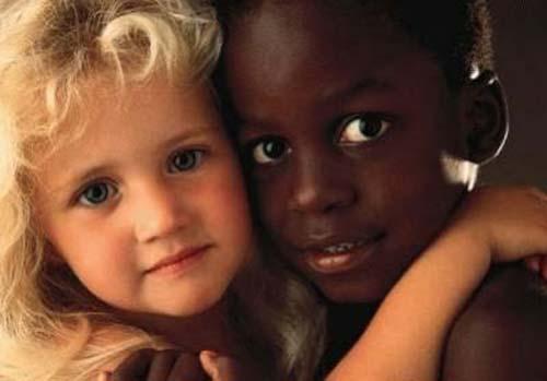 """Résultat de recherche d'images pour """"Enfants du monde en noir blanc en photo"""""""