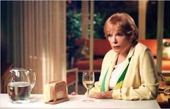 In her shoes : Photo Curtis Hanson, Shirley MacLaine