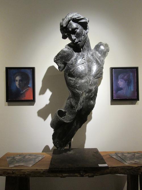 Juan Carlos Carrillo expose ses superbes sculptures à la Galerie d'Art et d'Or à Châtillon sur Seine