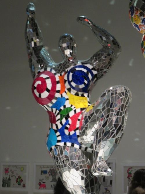 Niki de Saint Phalle : les Nanas