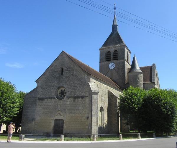 """""""Un jour, une église"""" continue de nous faire visiter beaucoup d'églises châtillonnaises, pour notre plus grand plaisir......"""