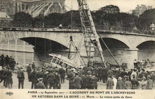 La catastrophe du pont de l'Archevêché (27/09/1911)