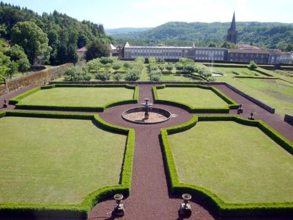 Château-Dauphin Jardin d'agrément1jpg