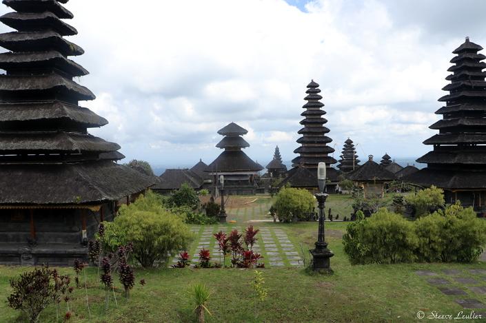 """Besakih, le """"temple mère"""""""