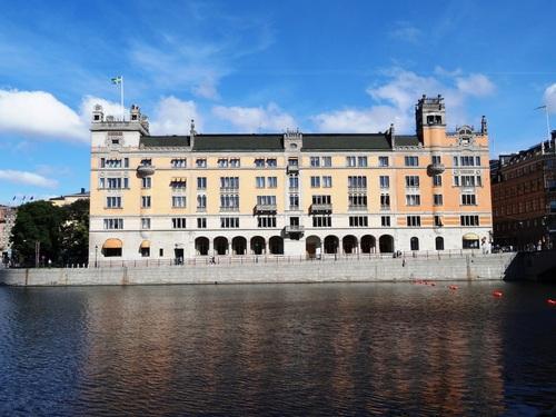 Stockholm: autour de l'opéra, du Parlement, de la chapelle du château royal (photos)