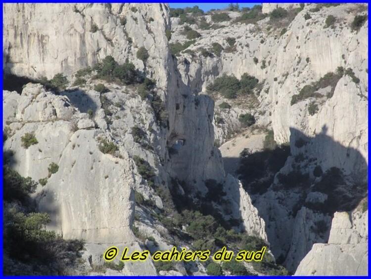 Calanques, les falaises de l'Eissadon