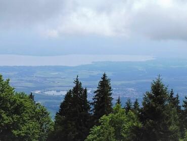 Lac Léman - Nyon - Genève à droite