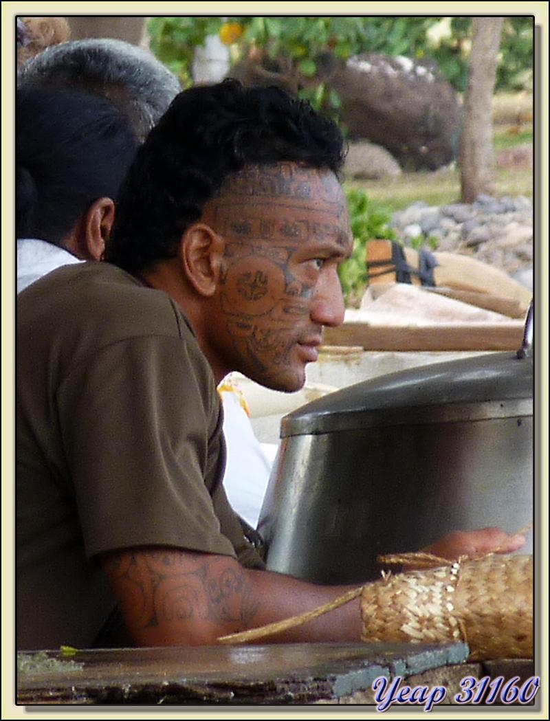 Un vrai, un dur, un tatoué, en un mot un marquisien - Taiohae - Nuku Hiva - Iles Marquises - Polynésie française