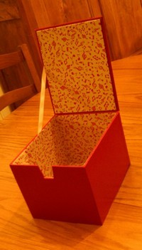 Boîte rangement CD rouge