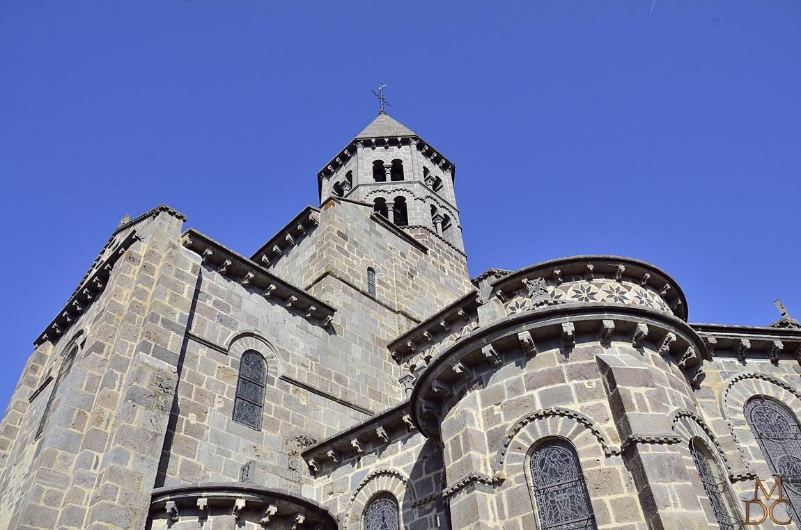 Église romane de Saint-Nectaire (63) Puy de Dôme