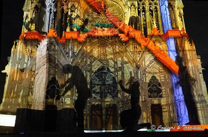 Spectacle de nuit sur la cathédrale de Reims - 3