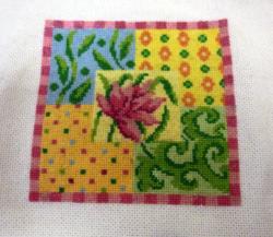 ANNICK et son petit carré multicolore