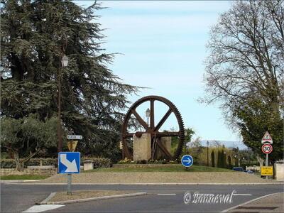 Rond-point La mémoire du moulin Les Taillades Vaucluse Provence-Alpes-Côte d'Azur
