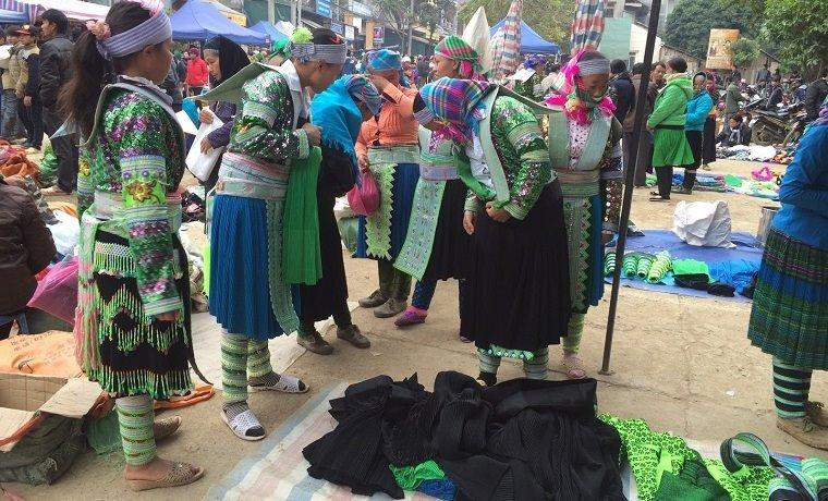 Marché ethnique de Bao Lac à Cao Bang