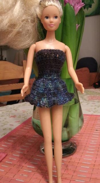 robe-barbie