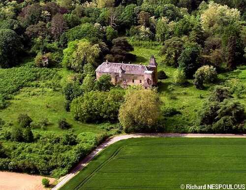 Le Château de LEZIGNAC
