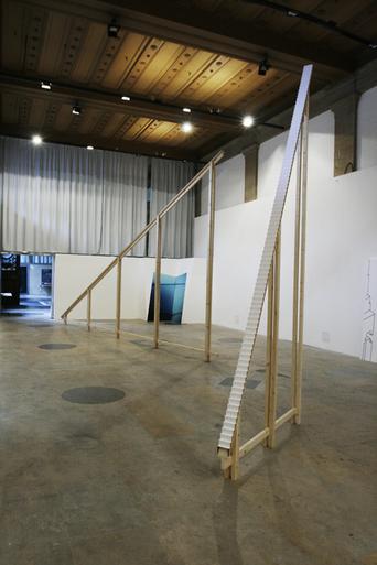 monts analogues, sculpture, installation, monumentalité, vertige, art, espace, équilibre, escaliers, rené daumal, infini