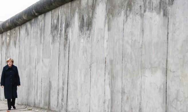 Le bon coté du mur?...