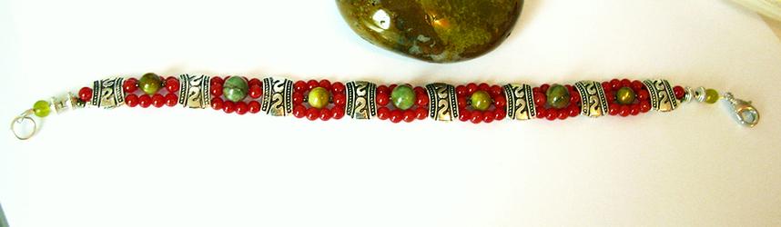 Réservé pour le moment - Bracelet Corail rouge, opale verte, coquillage vert / métal argenté, argent et plaqué argent