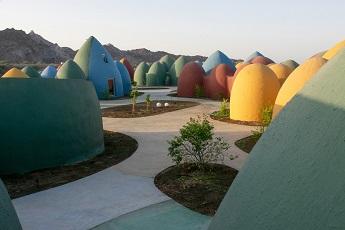 Les dômes d'Hormuz ...