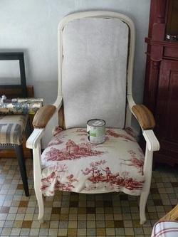 Deux beaux fauteuils, Classique et Chic