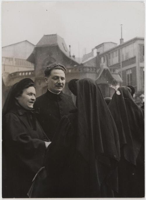 Paris. Reportage sur les Antoinistes - Fonds Marcel Cerf-1935-1936 #18