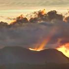 Coucher se soleil sur les Pitons du Carbet - Photo : Edgar