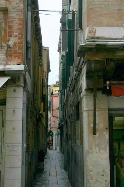 Blog de dyane :Traces de Vie, Ruelle, ruelle...délivre moi ton mystère
