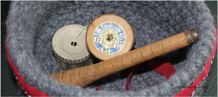Crochet / Corbeille grise