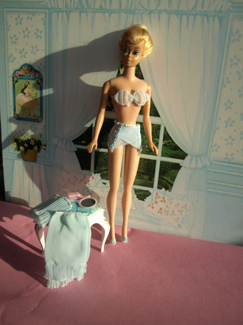 Barbie Vintage : Fashion undergarments