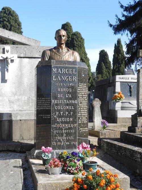N°135- Tombe d'un personnage célèbre