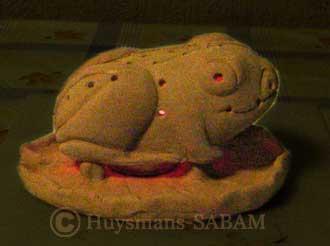 Arts décoratifs: photophore grenouille en terre - Arts et sculpture: sculpteur animalier