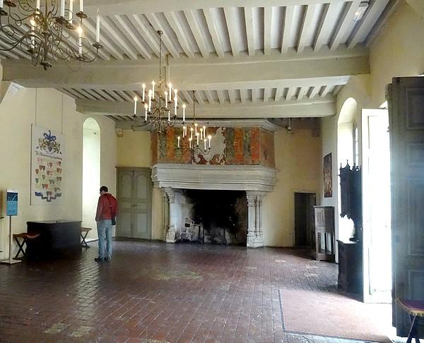 Un beau voyage à Châteauneuf en Auxois et à Commarin, avec l'Association Culturelle Châtillonnaise