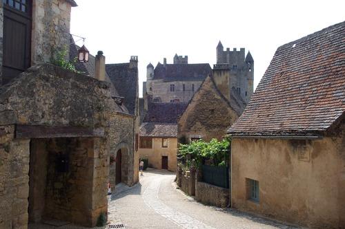 Le village tristoune