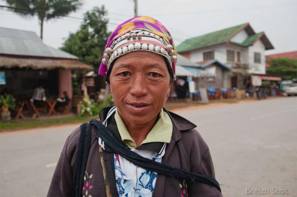 femme akha à Luang Namtha au Laos