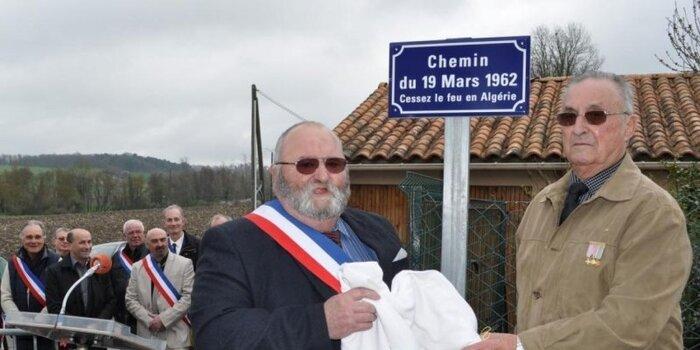 Cressac-Saint-Genis (Charente)  Un chemin du 19-Mars-1962 inauguré *** Un petit sujet destiné au maire de Béziers...