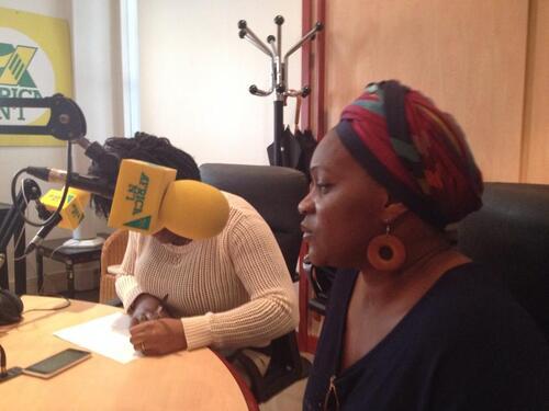 """Ecoutez l'interview de la présidente de l'association """"Apprends-moi à comprendre"""" sur AFRICA N°1!"""