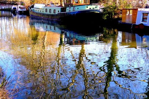 Au bord du Canal du Midi en mars