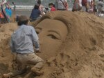 O Festival de esculturas na areia